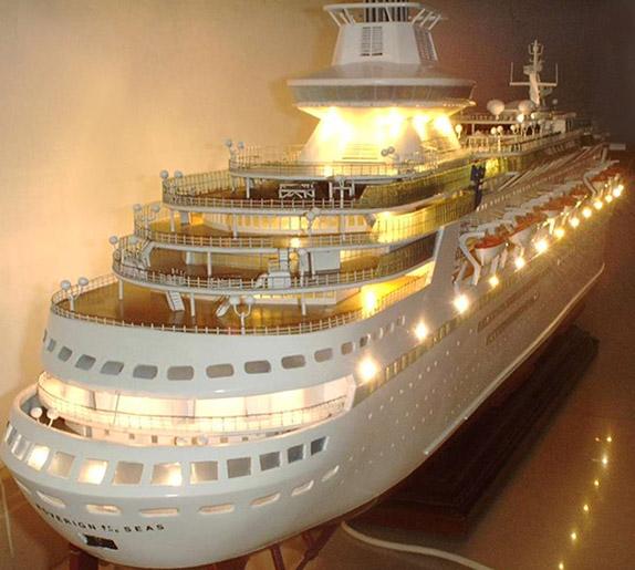 Sovereign Of The Seas Cruise Ship Model - Remote control cruise ship
