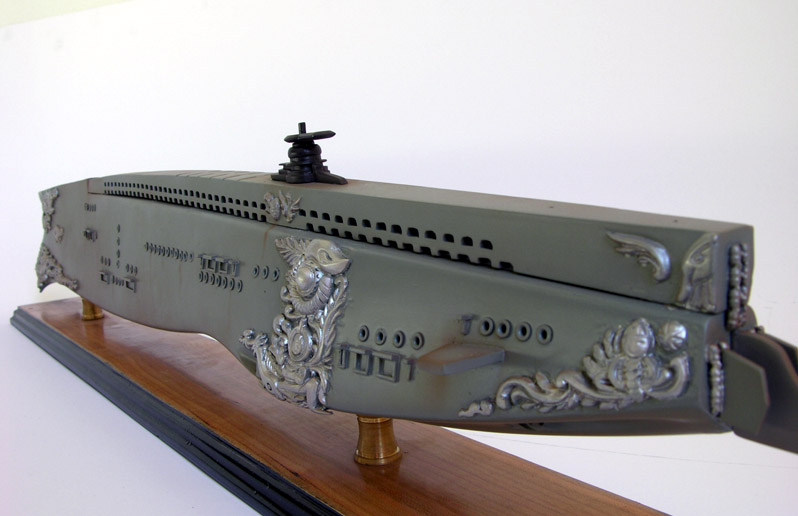 http://www.modelshipmaster.com/products/submarines/nautilus.htm