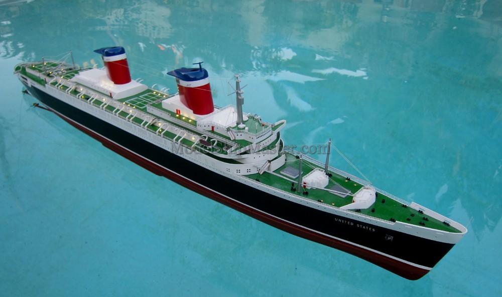 Remote Control SS United States Model - Remote control cruise ship