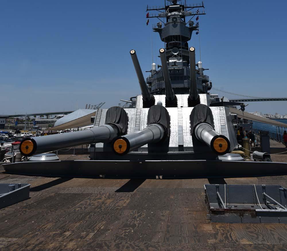 USS Iowa BB-61 Battleship