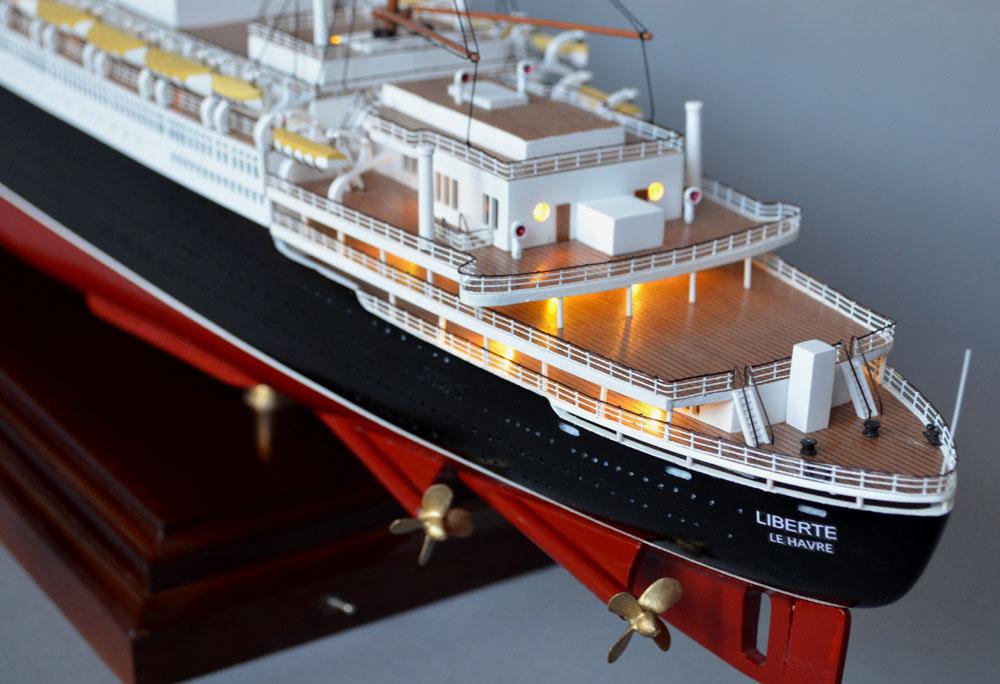 Ss Liberte Model Ocean Liner