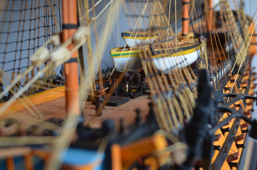 HMS VICTORY, the beautiful and authentic model, from ModelShipMaster
